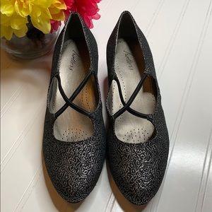 Trotters Black Silver Criss Cross Heels - Sz 9